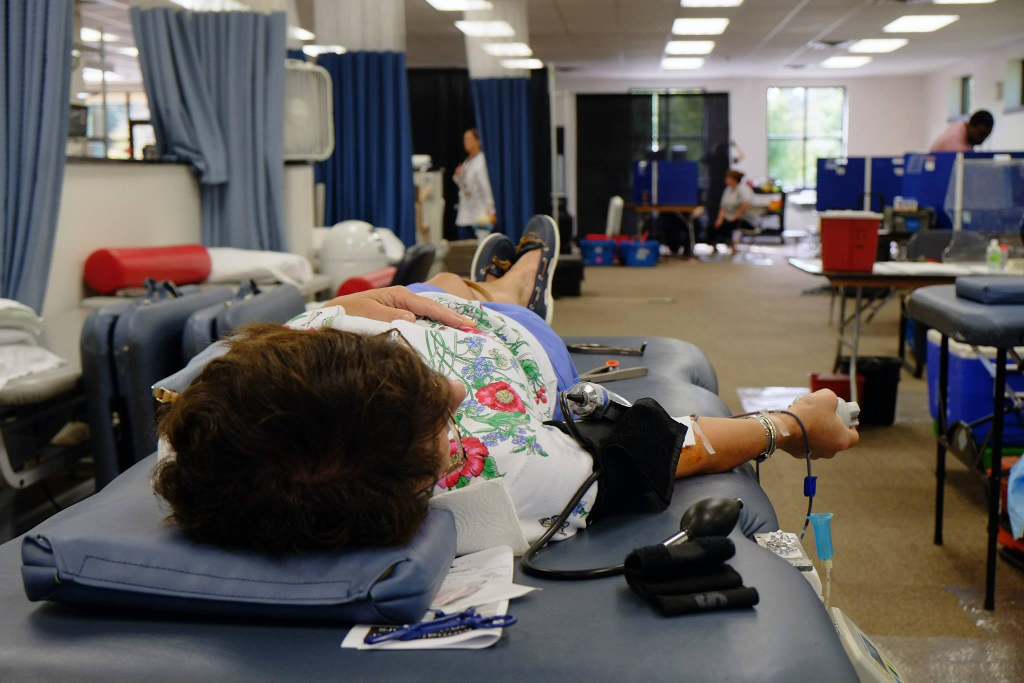 events_blooddrive_donating